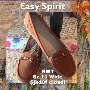 NWT Easy Spirit 11 Wide Width Leather Brown Loafer
